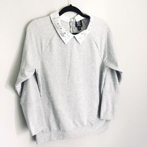 Bobeau sweatshirt with removable collar Size M